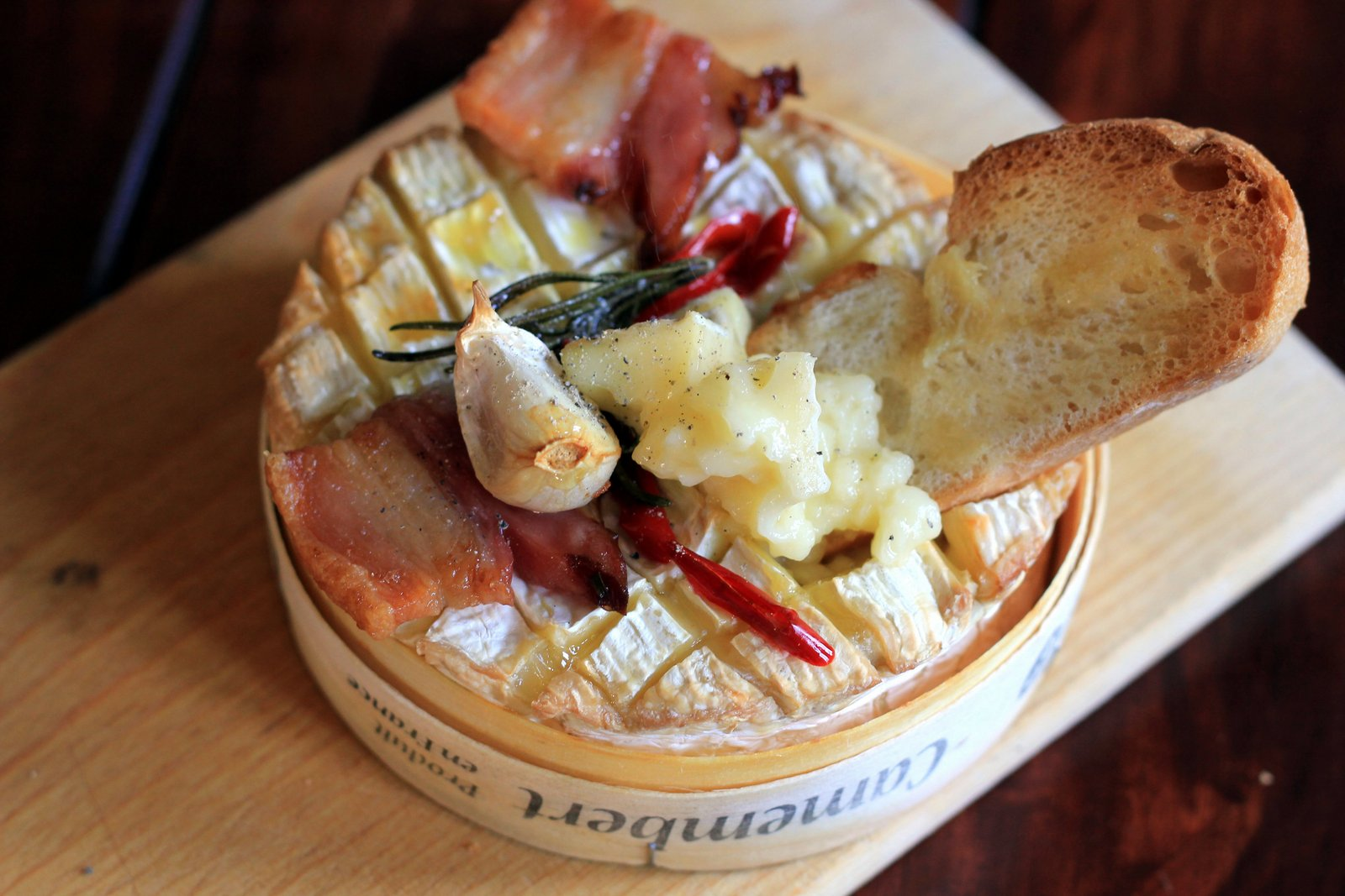 camembert ako fondue