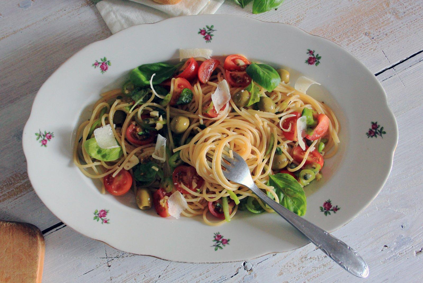spaghetti alla crudaiola, recept