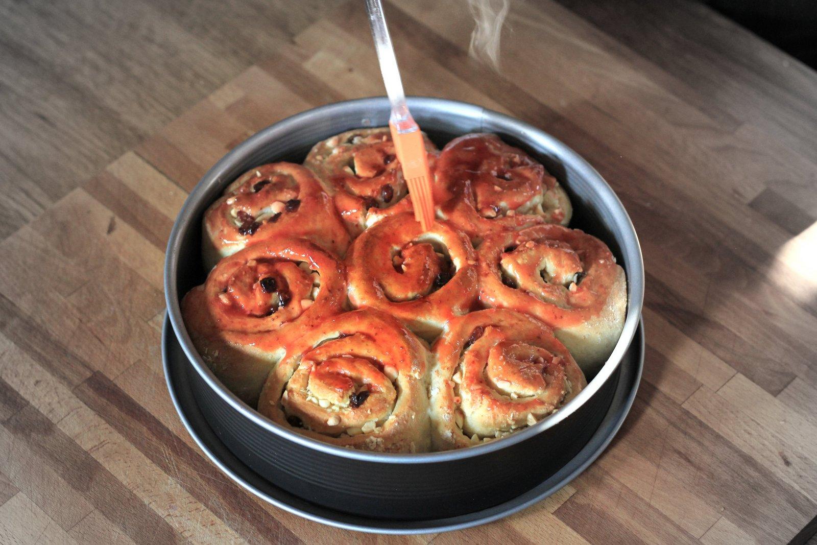 osem slimákov, kysnutý koláč, recept