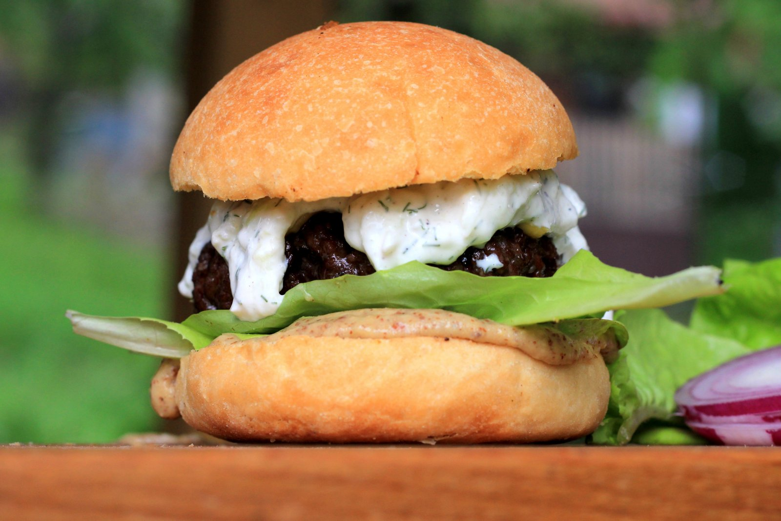 tzatziki, burger, hamburger, recept