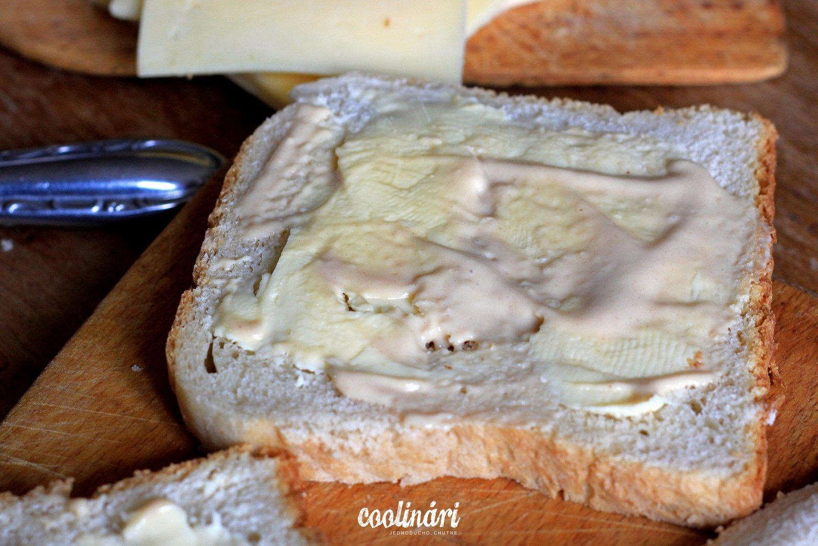 easy peasy syrový sendvič