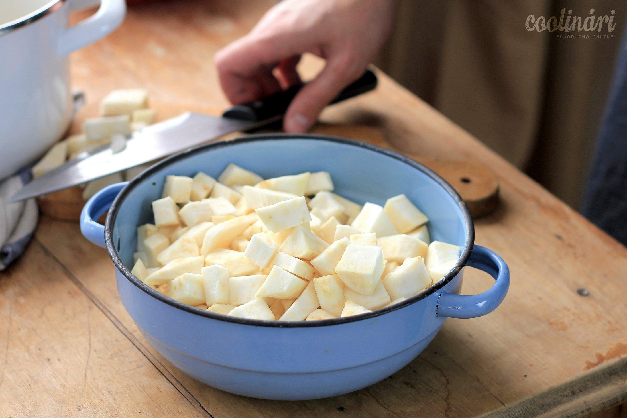 zelerový krém s jablkom, recept