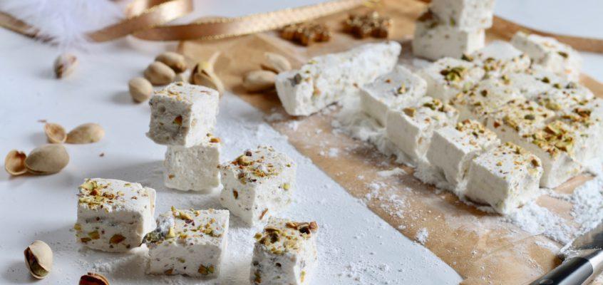 Cukríky marshmallows spistáciami
